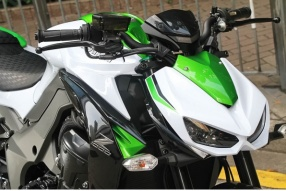 2016 Kawasaki Z1000│綠白新色的猛獸抵港