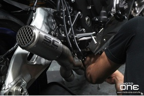意大利SC PROJECT-YAMAHA YZF-R1全鈦合金Motogp排氣管