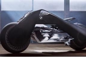 BMW VISION NEXT 100概念車-不倒平衡功能