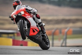 2017 DUCATI 1299 SUPERLEGGERA-215hp超輕超跑