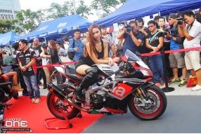 APRILIA車系│日本RS-TAICHI服飾│蝎子與吉村排氣喉│超人氣模特兒│2016香港電單車節