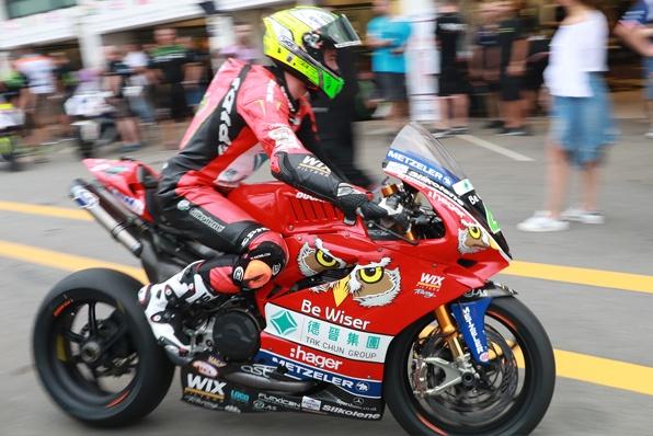 DUCATI車手歐文取得首場排位賽第一名-2017澳門格電