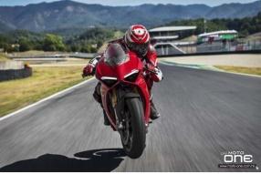2018 Ducati Panigale V4-車迷們夢寐以求的引擎