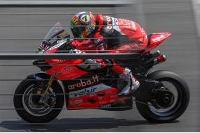 2018 WSBK泰國站RACE 2-戴維斯摘冠、李亞登上榜首