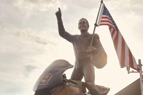 6月9日希頓日-紀念銅像永久樹立出生地