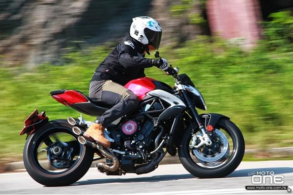 (新車試駕) 2018 MV AGUSTA BRUTALE 800 ABS 三缸五嘗