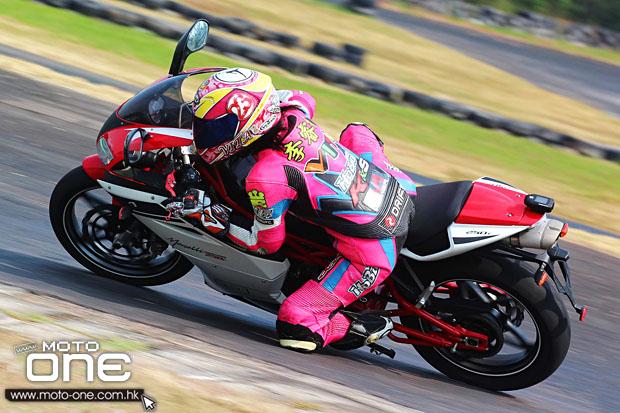 2014 megelli 250r 250s test moto-one.com.hk