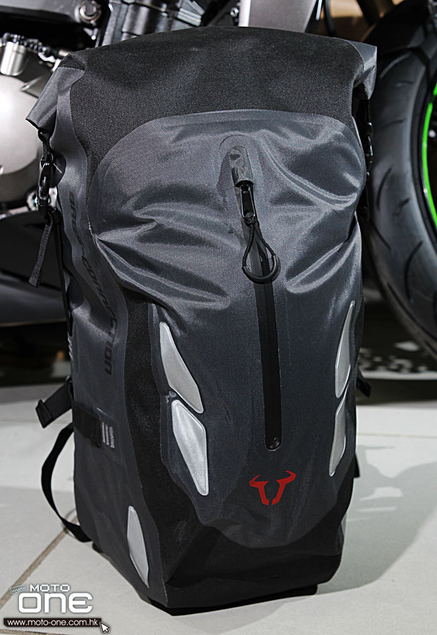 2014 SW-MOTECH BAGS-CONNECTION BACKPACK