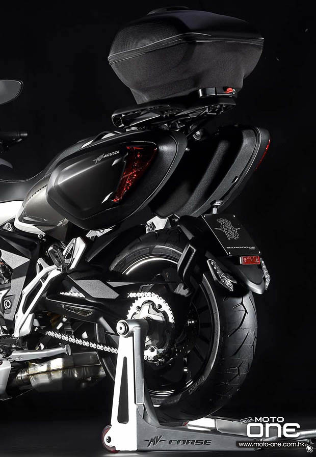 2015 MV Agusta Stradale 800