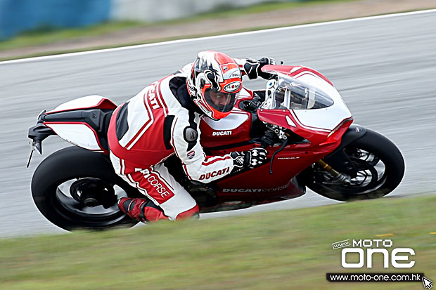 2015 Ducati Panigale R Simon Kwan