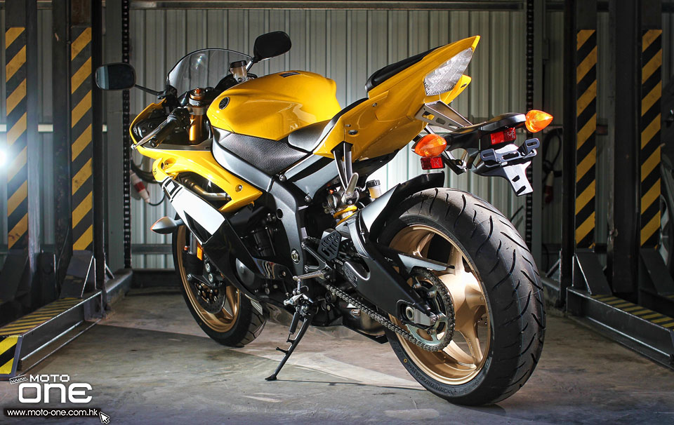 2016 yamaha yzf r1 r6 60th
