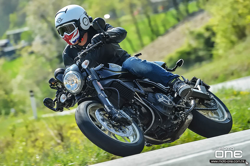 2017 Ducati Scrambler Cafe Racer Simon Kwan