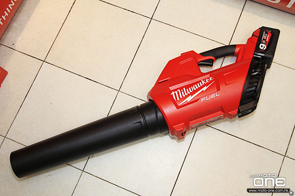 2017 MILWAUKEE M18CBL
