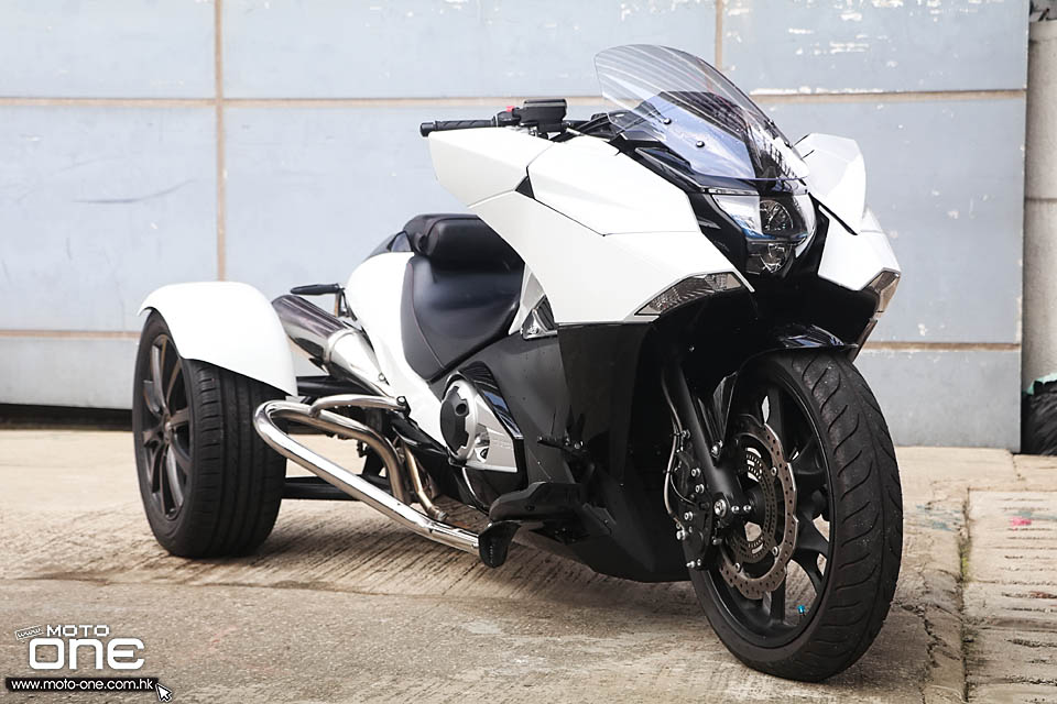 2018 AUTO JAPAN THREE WHEELS BIKE
