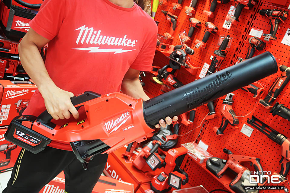 2019 MILWAUKEE M18FBL-0