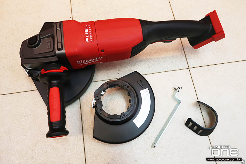 2019 MILWAUKEE 7 9 Large Angle Grinder M18