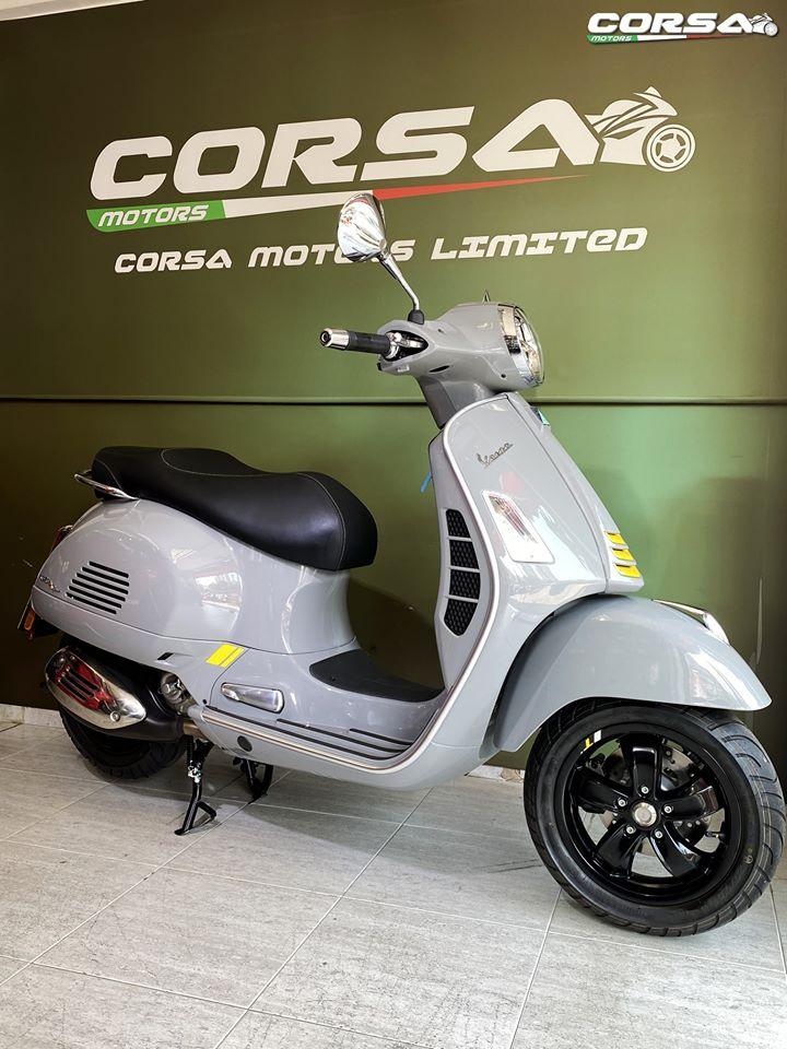 2020 CORSA MOTORS We Love Vespa Piaggio