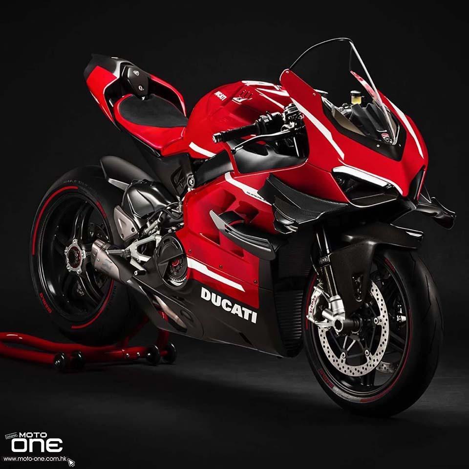 2020 Ducati Superleggra V4 data-cke-saved-src=