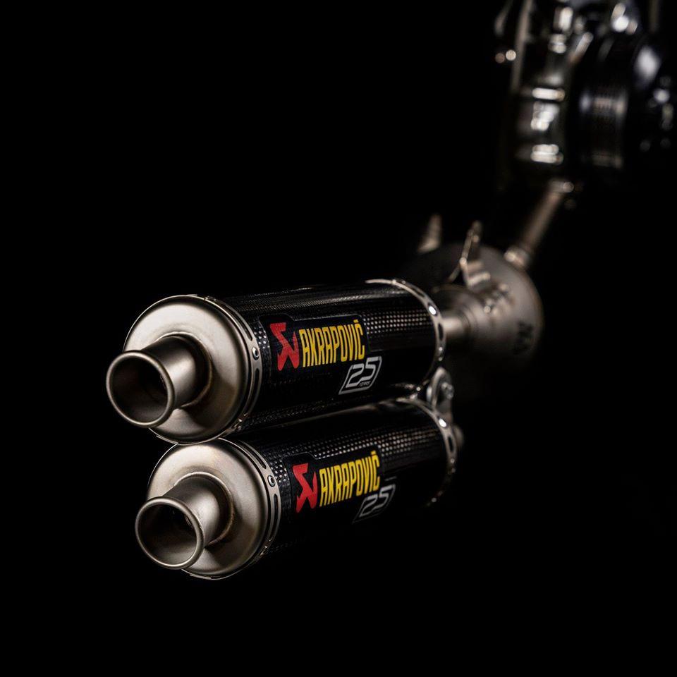 2020_Akrapovic Exhaust System
